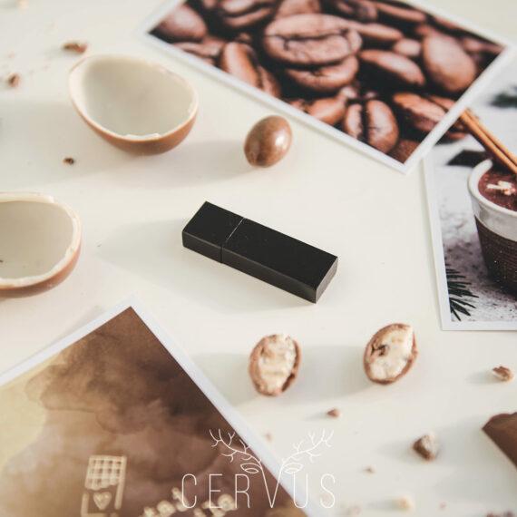 Pendrive drewniany brązowy