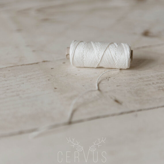 sznurek lniany ozdobny biały