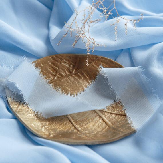 Wstążka z postrzępionymi brzegami baby blue